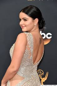 emmys 2016 ariel winter matched kylie jenner in jewelled dress