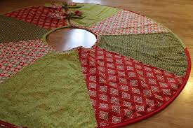 a tree skirt imagine gnats