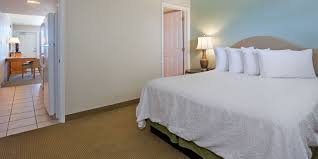 the official site of beachside resort panama city beach fl hotel double queen hotel room two rooms with two queen beds hotel suite