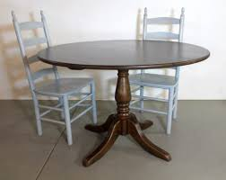 Pine Pedestal Dining Table Round Farmhouse Tables