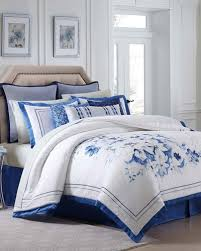 Luxury King Comforter Sets Luxury Comforter Sets U0026 Comforters At Neiman Marcus
