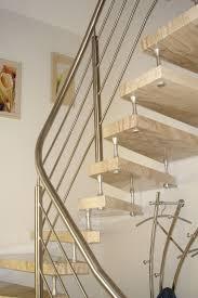 freitragende treppen freitragende treppe aus naturstein granit marmor silestone und