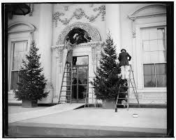 White House Christmas Decorations 2013 by Vintage Christmas Decking The White House The Yule Blog
