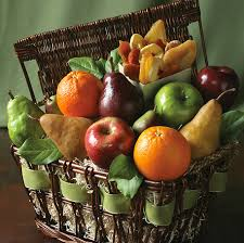 organic fruit basket win simply organic fruit basket gift ideas for any age