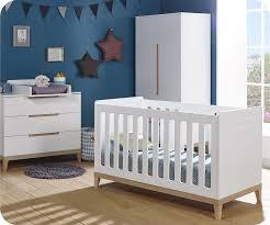 chambre compl te b b avec lit volutif lit bébé évolutif riga blanc et bois