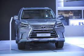 xe sang lexus lx570 cận cảnh dàn xế sang lexus tại vms 2015