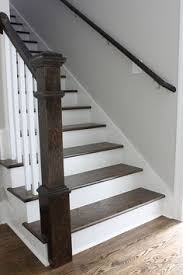 Diy Banister Diy How To Stain And Paint An Oak Banister Spindles And Newel