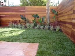 custom fences rain forest la