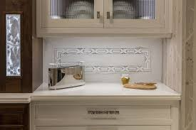 Mirrored Backsplash In Kitchen World Premiere Kitchen Akdo