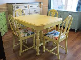 Painted Kitchen Table Ideas by Best 25 Yellow Kitchen Tables Ideas On Pinterest Redoing