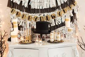 overwhelming table decor for new year eve party deco showing