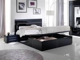 chambre a coucher noir et gris chambres a coucher adultes 14 la peinture inspire la
