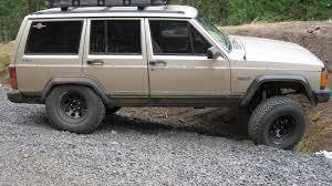 lifted jeep cherokee swampdonky u0027s 1993 jeep cherokee