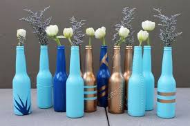Diy Wine Bottle Vases She Peels Off A Wine Bottle Label To Create The Most Gorgeous Diy