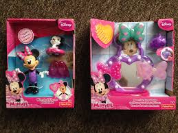 Mickey Minnie Bathroom Decor by Fisher Price Minnie Mouse Bath Toys Review Here Come The Girls