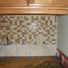 Mixed Wood Kitchen Cabinets Exquisite Brown Color Stone Kitchen Backsplashes Features White
