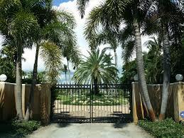 jupiter island nothing sells for 65 million coastal florida