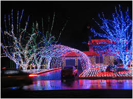 20 insane christmas light displays