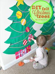 felt christmas diy felt christmas trees with my littles