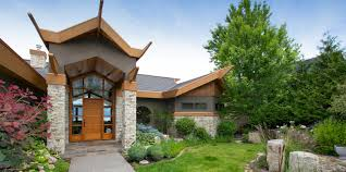 canadian homes kelowna real estate agents sherlock and associates realty inc