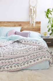 best 25 boho chic bedding ideas on pinterest blue bed covers