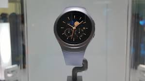 why samsung u0027s gear s2 is the best smartwatch digital trends
