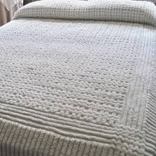 King Size White Coverlet Bedroom Old Fashioned Styles Of Vintage Chenille Bedspreads