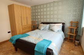 what does ensuite mean in french en suite bedroom to english small