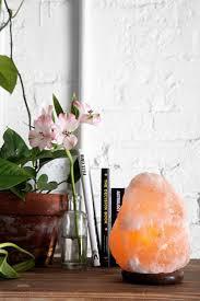 best 25 himalayan salt lamp ideas on pinterest himalayan salt