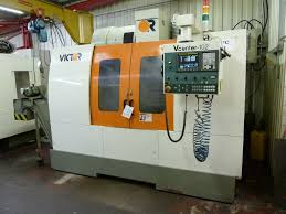 victor v center 102 machining centre with fanuc series oi mc control
