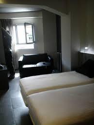 barcelona canapé chambre avec petit canapé picture of leonardo boutique hotel