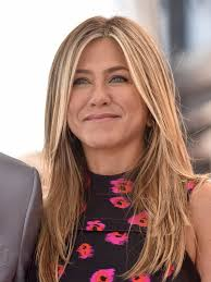 jennifer aniston fashion jennifer aniston style stylebistro