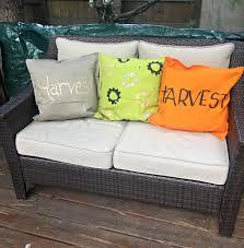 outdoor halloween pillows diy stenciled fall pillows