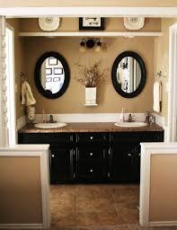 man cave bathroom decorating ideas pomys na meble do maej azienki ciemno brzowe drewniane szafki