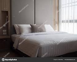 éclairage chambre à coucher intérieur de chambre à coucher confortable dans design low moderne d