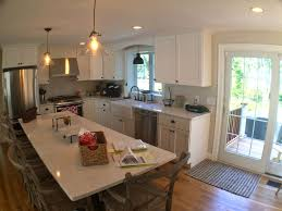 kitchen island seating for 6 located steps away to main street and homeaway falmouth