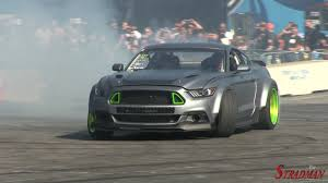 ford rtr mustang drifting battle ford mustang rtr spec 5 concept vs 2015 ford