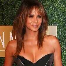 bangs make you look younger 5 spring hairstyles that make you look 10 years younger