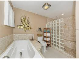 1007 tam o shanter ct venice fl 34293 mls n5913547 master bath with air jet tub and roman shower single family home for sale at