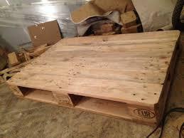 Wohnzimmertisch Holz Selber Bauen Palettentisch Beistelltisch Couchtisch Aus Europaletten Selber