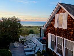 private stylish 2br waterfront cottage homeaway peconic
