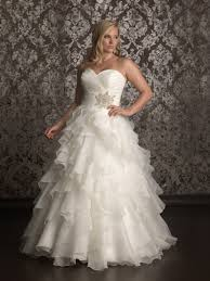 Wedding Dress For Curvy Wedding Dresses For Curvy Women High Cut Wedding Dresses
