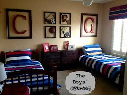 sports themed boys bedroom excellent 2 fun sports themed bedroom
