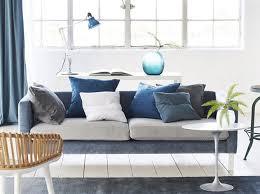 comment refaire un canapé en tissu leçon de déco relooker canapé sans le changer décoration