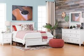 albany queen 4 piece bedroom set living spaces preloadalbany queen 4 piece bedroom set room