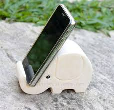 best 25 phone stand for desk ideas on pinterest hommes cadeaux