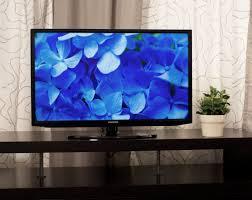 College Dorm Tv Dynamite Deals 5 Tvs Perfect For Your Dorm Room Reviewed Com