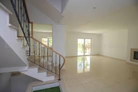 Haus Kaufen 100 000 Luxus Haus Kaufen 3 Schlafzimmer Pool Tennisplatz In Alvor Portugal