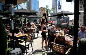 Patio Downtown Probably The Best Patios In Downtown Toronto Narcity