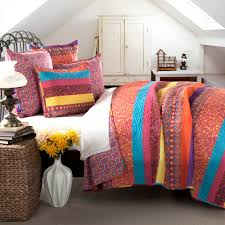lush decor boho stripe 5pc fuchsia quilt full queen